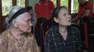 Cùng Tuổi Trẻ chống dịch COVID-19: Trao quà cho đồng bào Hà Giang