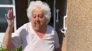 Video nhảy múa trong mùa cách ly, cụ bà 88 tuổi có hơn 30 triệu fan