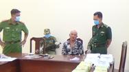 Video: Bắt đối tượng mang 3 khẩu súng và 21kg ma túy qua cửa khẩu quốc tế Long An