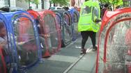 Video: Dựng lều tổ chức tiệc mùa COVID-19 ở Mỹ