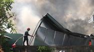 Video: Vựa phế liệu rộng 2.000m2 ở Bình Dương cháy lớn
