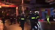Video: Hàng chục thanh niên đuổi chém nhau trong đêm