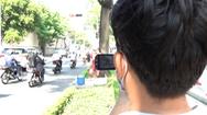 Video: CSGT mật phục quay phim người vi phạm 'vượt đèn vàng'
