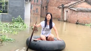 Video: Mưa liên tiếp 29 ngày, gần 10.000 ngôi nhà ở Trung Quốc bị sập