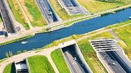 Video: Khám phá cây chiếc cầu dẫn nước dài nhất thế giới
