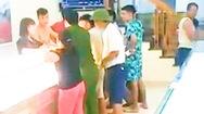 Video: Học sinh lớp 9 bịt khẩu trang đột nhập vào tiệm vàng ở Thanh Hóa