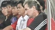 Video: Hình ảnh HLV Alfred Riedl tại Tiger Cup 1998