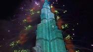 Video: Ngắm nhìn màn pháo hoa tuyệt đẹp ở tòa nhà cao nhất thế giới Burj Khalifa