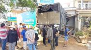 Video: Xe tải lao vào nhà dân ở Đồng Nai, chui luôn vô phòng ngủ
