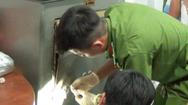 Video: Điều tra vụ trộm trổ nóc nhà, lấy cắp hơn 700 triệu đồng ở Tiền Giang
