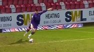 Video: Thủ môn ghi bàn thắng ở khoảng cách gần 100 mét