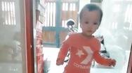 Video: Cảm động hình ảnh Trúc Nhi bước đi sau 6 tháng phẫu thuật tách dính