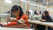 Video: Hàng trăm chiếc chăn ấm được các bạn trẻ may tặng bà con vùng cao Nghệ An