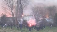 Video: 'Bạo loạn' tại trụ sở CLB nổi tiếng nước Pháp