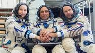 Video: Nga thực hiện thành công các cảnh quay ngoài vũ trụ đầu tiên trên thế giới