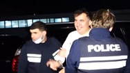 Video: Cựu tổng thống bị cảnh sát Gruzia bắt ngay sau khi về nước