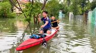 Video: Mưa lũ khiến nhiều nhà dân ở Quảng Nam ngập sâu; Quảng Ngãi di dời 2.500 hộ