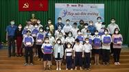 Thêm 32 suất học bổng cho các em học sinh mồ côi vì COVID-19