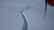 Video: Tảng băng khổng lồ rộng hơn 1.200 km2 tách khỏi Nam cực