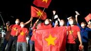 Video: Dỡ bỏ phong tỏa TP Chí Linh, người dân 'chờ đợi giây phút này từ rất lâu'