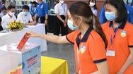 Video: Hàng ngàn sinh viên, giảng viên HUTECH 'Cùng Tuổi Trẻ góp vắc xin COVID-19'