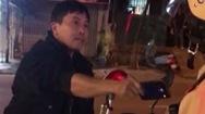 Video: Khởi tố người lấy dép đánh vào mặt CSGT