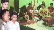 Video: Giải cứu 8 cô gái bị nhốt trong quán karaoke, ép bán dâm cho khách