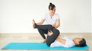 Video: Bài tập yoga phục hồi giúp giảm đau thần kinh tọa