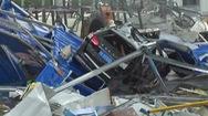 Video: Lốc xoáy oanh tạc, ít nhất 12 người chết ở Trung Quốc