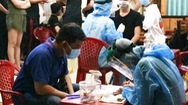 Video: 360 người liên quan ca tái dương tính ở quận 3 được lấy mẫu xét nghiệm