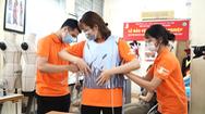 Video: 400 ngàn đồng chiếc áo điều hòa, làm mát cho nhân viên chống dịch