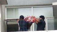 Video: Một phụ nữ rơi từ tầng 10 chung cư ở TP Thủ Đức tử vong