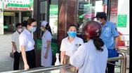 Video: Hai bệnh viện ở TP Vinh tạm dừng đón bệnh nhân vì có người mắc COVID-19 từng đến khám