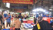 Video: Ca dương tính lần 1 bốc vác cá ở chợ Bình Điền, nơi đón hơn 20.000 người đến giao dịch mỗi ngày