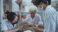 Góc nhìn trưa nay | Phòng khám thú y đặc biệt của bà giáo 88 tuổi