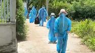 Video: Phát hiện 18 người dương tính SARS-CoV-2 trong cùng một xóm tại Long An