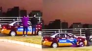 Video: Rớt sát hạch lái xe, thanh niên tự tát liên tiếp vào mặt mình