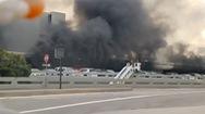 Video: Cháy nhà để xe sân bay ở Mỹ, nhiều ô tô bị thiêu rụi