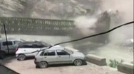 Video: Lở núi kinh hoàng, 9 du khách thiệt mạng ở Ấn Độ