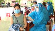 Video: Sa Đéc tiêm vắc xin ngừa COVID-19 cho gần 900 tiểu thương ở các chợ