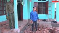 Lốc xoáy làm hàng trăm nhà dân bị tốc mái, gây thiệt hại nặng nề
