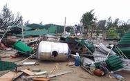 Bão số 10 làm 350 ngôi nhà, kiốt tại Cửa Lò tốc mái