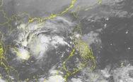 Cưỡng chế hơn 100 người không chịu đi tránh bão