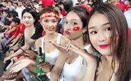 Những nữ CĐV xinh đẹp 'đốt cháy' khán đài AFF Cup 2018