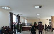 Đòi mua vé trận Việt Nam-Philippines, cổ động viên làm 'loạn' ở trụ sở VFF