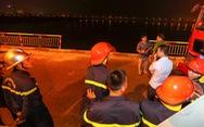 Đã xác định được chủ chiếc xe rơi xuống sông Hồng