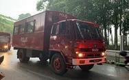 Malaysia điều 20 xe cảnh sát loại lớn đến sân Bukit Jalil