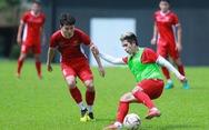 Tuyển Việt Nam phải đổi sân tập trước khi rời Malaysia
