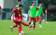 Đức Chinh xin tập với đội dự bị, Văn Toàn vẫn tập riêng