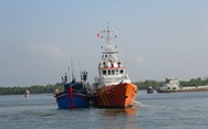 Huy động nhiều tàu tìm kiếm 3 ngư dân mất tích